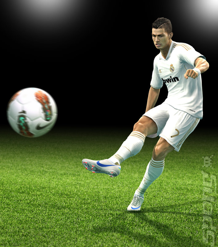 PES 2013 - 3DS/2DS Artwork